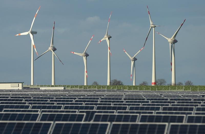 Năng lượng tái tạo 'phi thủy điện' thế giới và vấn đề tham khảo cho Việt Nam