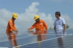 Phát triển điện mặt trời mái nhà: Ngành điện 'hợp lực' với chủ đầu tư