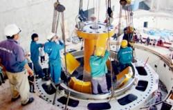 Nhà máy Thủy điện Sông Bung 5 lắp đặt rotor tổ máy 1