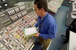 Bàn kế hoạch phát triển nhân lực cho chương trình điện hạt nhân