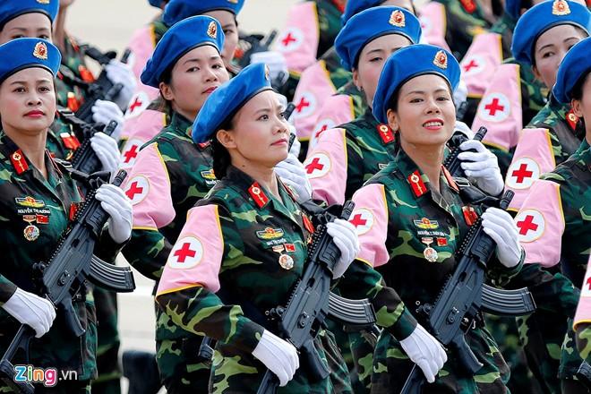 Những bóng hồng tại lễ mít-tinh kỷ niệm 70 năm Quốc khánh