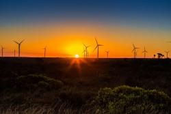 Giá thấp, rào cản phát triển điện gió