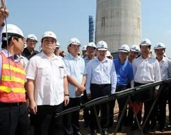 Phó Thủ tướng kiểm tra Trung tâm Nhiệt điện Thái Bình