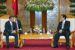 Thủ tướng ủng hộ Gazprom mở rộng hợp tác với PetroVietnam