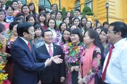 Tôn vinh 100 nữ công nhân tiêu biểu ngành Dầu khí VN