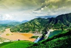Nước về hồ Hòa Bình giảm, Thủy điện Sơn La phát điện trở lại