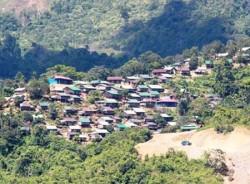 Giải ngân tiền hỗ trợ cho người dân Bắc Trà My bị thiệt hại động đất