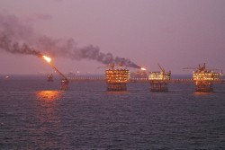 Lần đầu tiên xác định được tiềm năng dầu khí Việt Nam