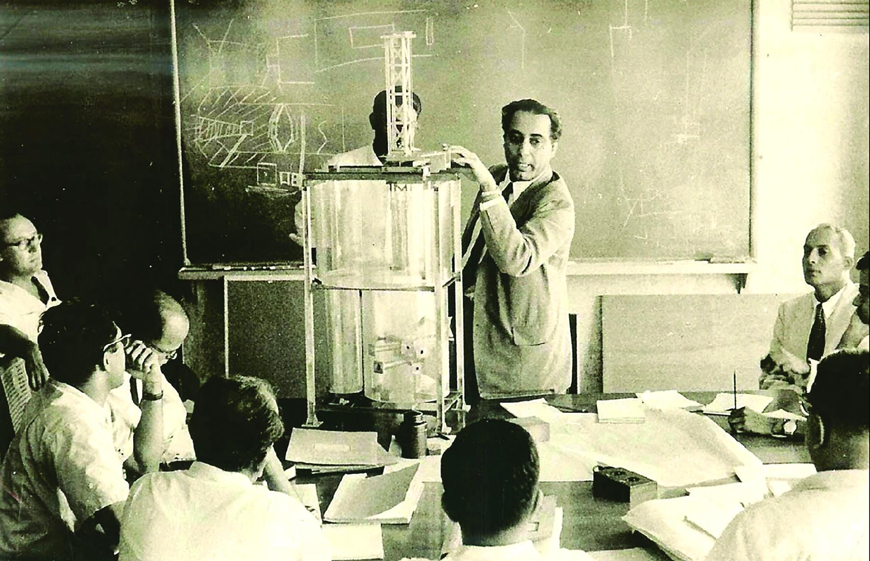 Phát triển năng lượng nguyên tử: Kinh nghiệm của người Ấn 1