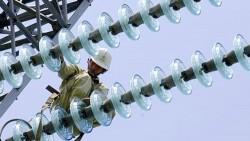 Nâng dung lượng tụ bù dọc đường dây 500 kV Pleiku - Phú Lâm