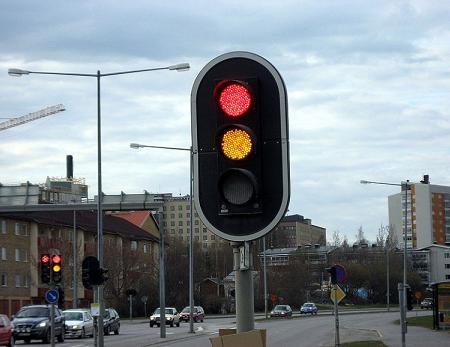 Đèn giao thông tiết kiệm điện