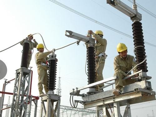 Cần điều chỉnh giá truyền tải điện ở mức hợp lý