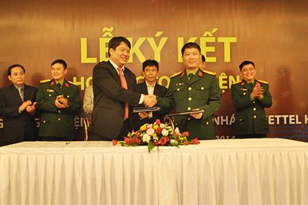 EVN HANOI ký hợp tác toàn diện với Viettel
