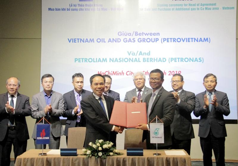 PVN và PETRONAS ký thỏa thuận khung mua bán khí