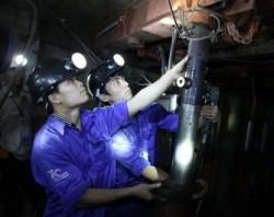 TKV áp dụng công nghệ mới trong đào lò