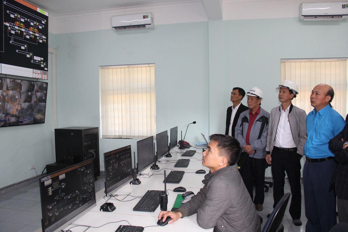 Chủ tịch HĐTV Tập đoàn Lê Minh Chuẩn kiểm tra Dự án Nhà máy tuyển than Khe Chàm