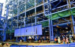 Lắp đặt thành công dầm chính lò hơi Nhiệt điện Mông Dương 1