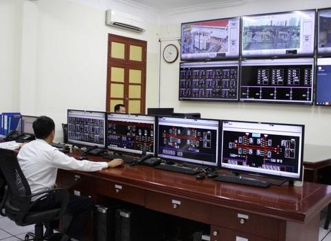 Tiêu thụ điện tăng kỷ lục, EVNNPC tiết giảm điện tự dùng tại công sở