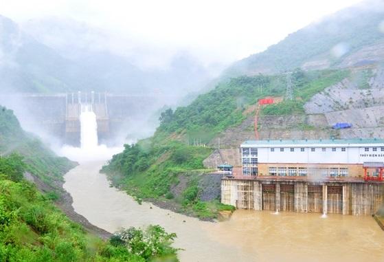 Thủy điện lưu vực sông Cả thực hiện tốt vai trò điều tiết nước hạ du