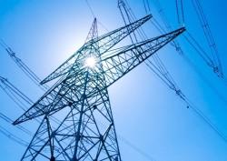 Đảm bảo truyền tải điện an toàn mùa nắng nóng