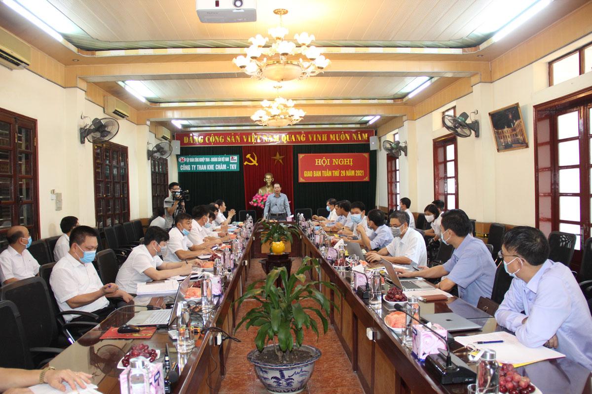 Tổng Giám đốc Tập đoàn Đặng Thanh Hải kiểm tra sản xuất tại Than Khe Chàm