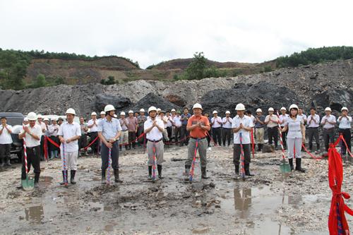 Động thổ dự án khai thác hầm lò Mỏ Khe Chàm II/IV