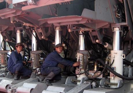 Nhiều sáng kiến được áp dụng trong sản xuất than