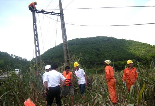 PC Lạng Sơn nỗ lực khắc phục nhanh hậu quả bão số 2