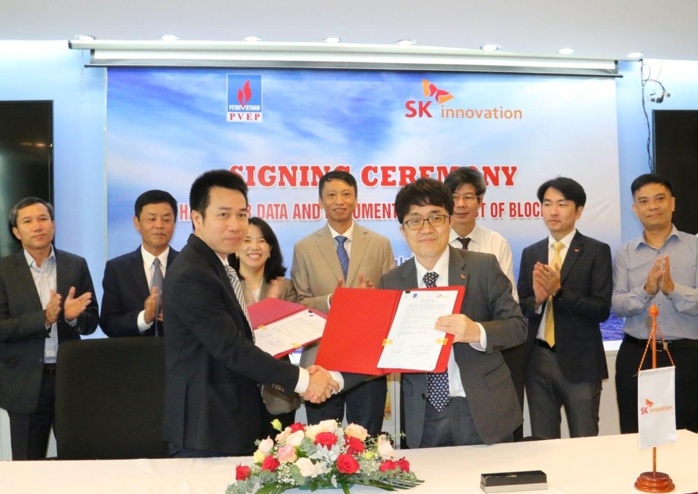 PVEP và SK Innovation ký chuyển giao quyền điều hành dự án Lô 16-2