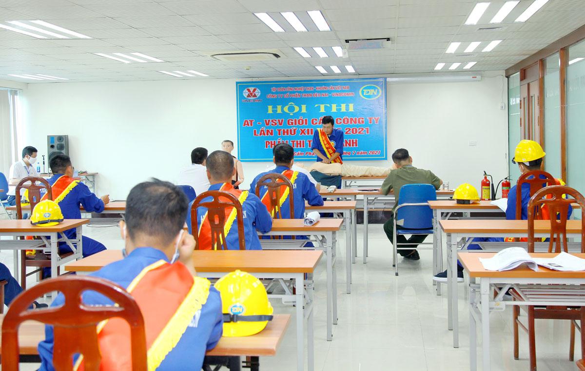 Than Đèo Nai tổ chức thành công Hội thi An toàn vệ sinh viên giỏi