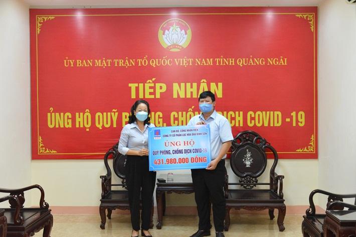 Người lao động BSR ủng hộ Quỹ phòng, chống dịch Covid-19 tỉnh Quảng Ngãi