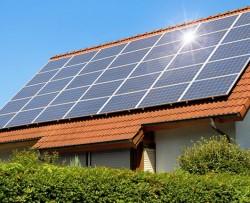 TP. HCM có thế mạnh phát triển pin mặt trời trên mái nhà