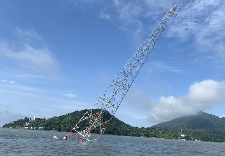Kiên Giang: Điều tra nguyên nhân gây sự cố trụ điện trên biển
