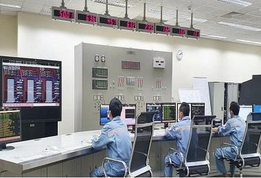 Chi phí sản xuất và mua điện của EVN tăng do giá nhiên liệu đầu vào tăng cao