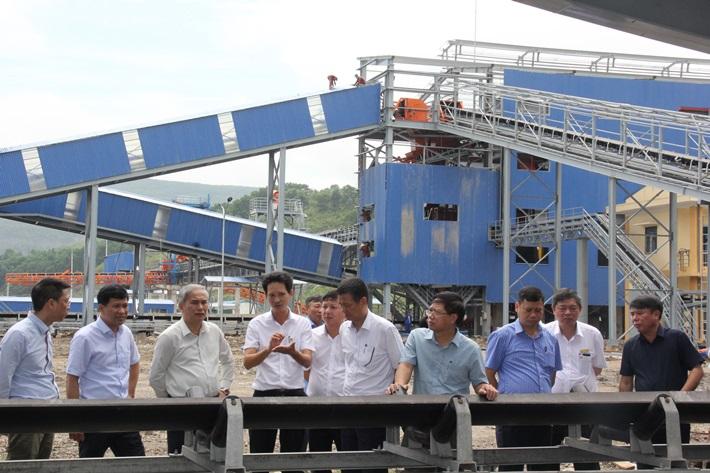 Đẩy nhanh tiến độ Dự án Nhà máy tuyển than Khe Chàm