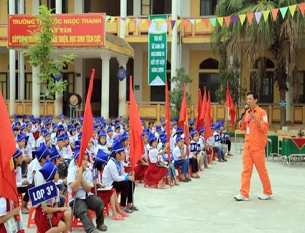 Chuyển biến tích cực về ý thức tiết kiệm điện trong trường học tại Hưng Yên