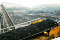 Bộ Công Thương chấp thuận cho Vinacomin tiếp tục xuất khẩu than cám 5