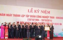 TKV đón nhận Huân chương Độc lập hạng ba