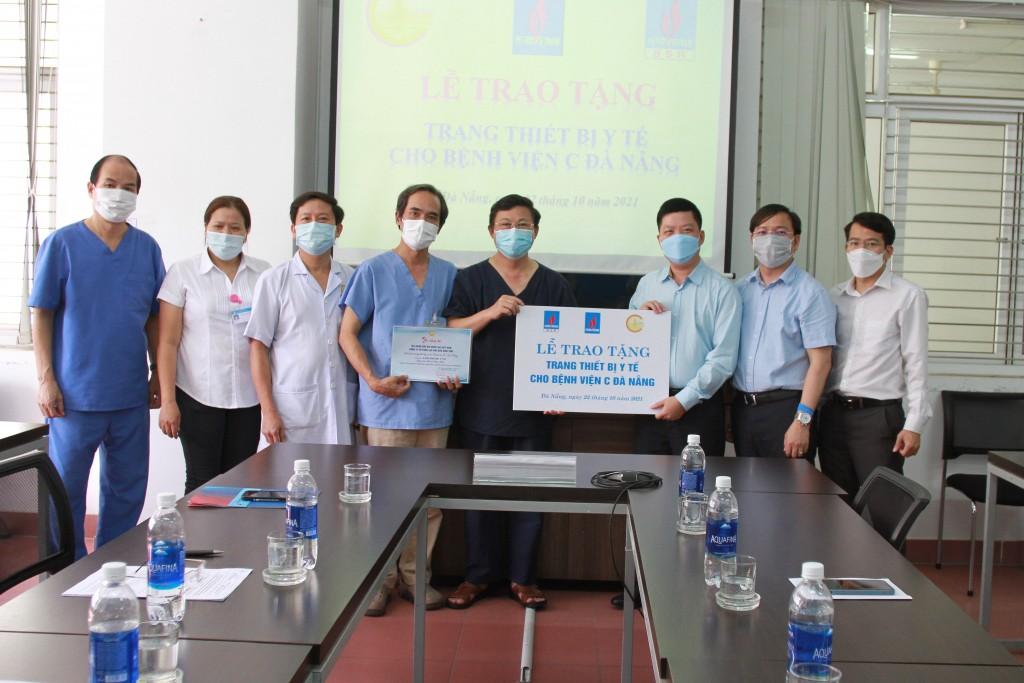 BSR tặng thiết bị y tế cho Bệnh viện C Đà Nẵng