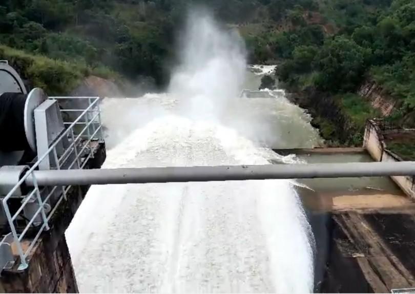 Công ty ĐHĐ tăng lưu lượng xả nước qua đập tràn Hàm Thuận