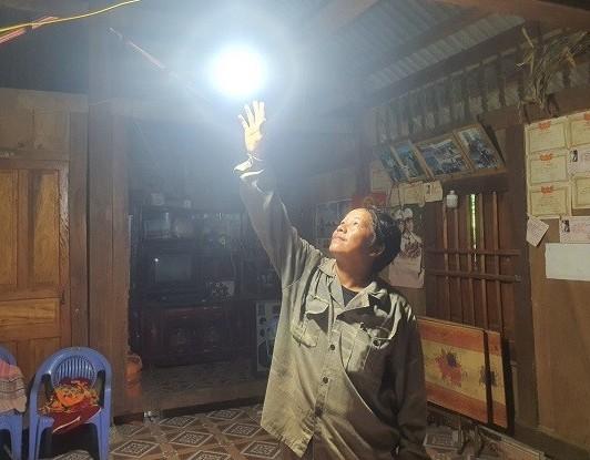 Hiệu quả từ điện lưới quốc gia mang lại cho 200 hộ đồng bào Mông (Điện Biên)