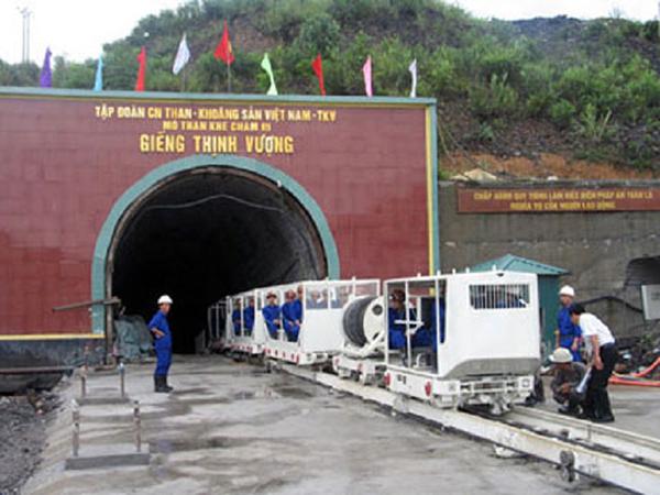 Tháo gỡ khó khăn cho các đơn vị sản xuất than