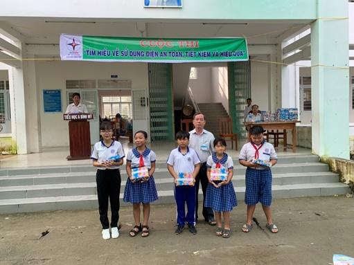 Nâng cao ý thức tiết kiệm điện cho học sinh tại An Giang