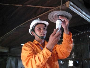 EVNSPC đã tiết kiệm được trên 522 triệu kWh điện trong 11 tháng