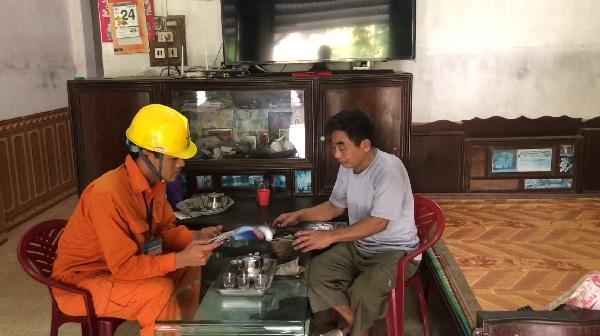 Điện lực Yên Khánh cùng khách hàng chung tay tiết kiệm điện