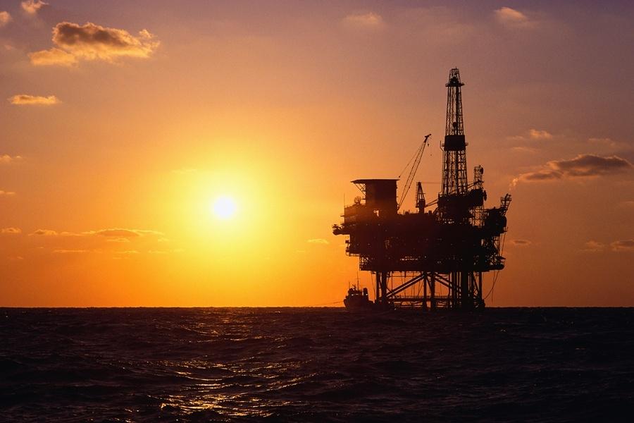 Giá dầu giảm: PVEP dừng khai thác 9 giếng khoan