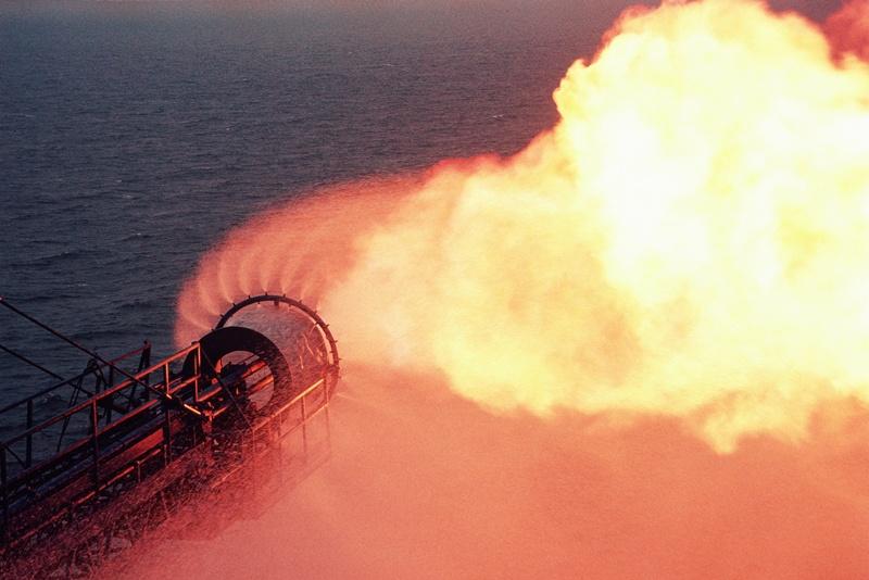 Cơ chế nào để ngành Dầu khí Việt Nam vượt thách thức?