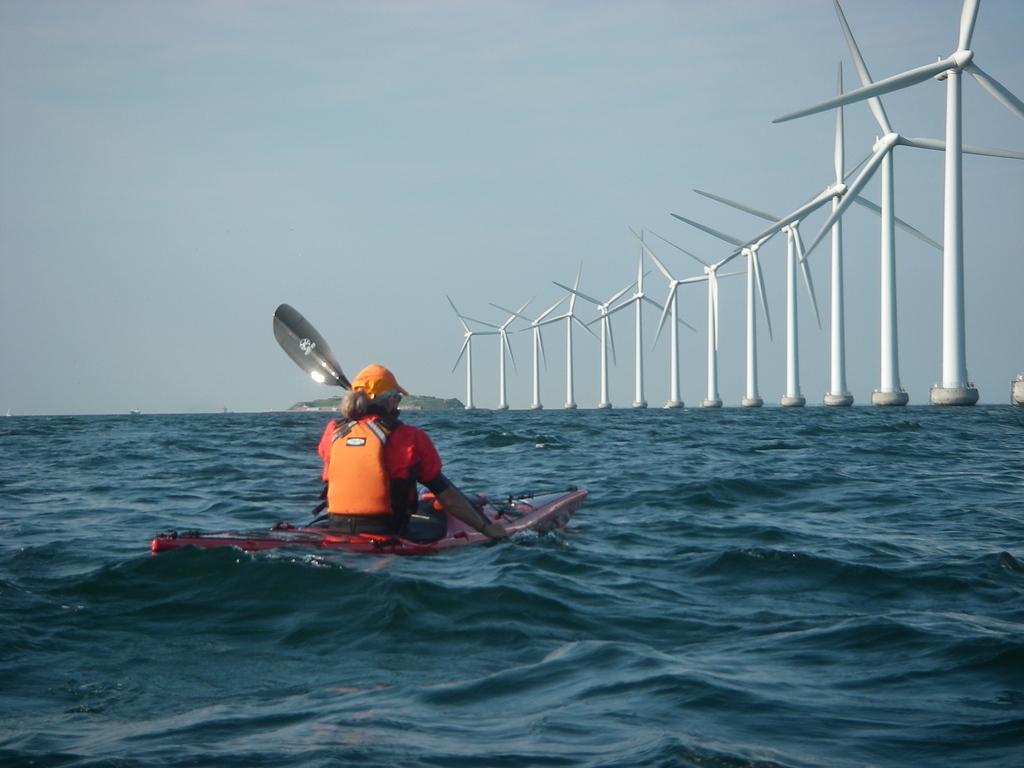 Đầu tư điện tái tạo: Vượt thách thức bằng thể chế