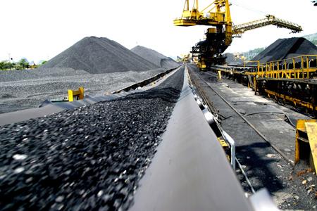 Ngành Than đang bám sát kế hoạch khai thác than nguyên khai