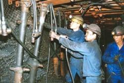 Tỉnh Quảng Ninh chia sẻ khó khăn với ngành Than